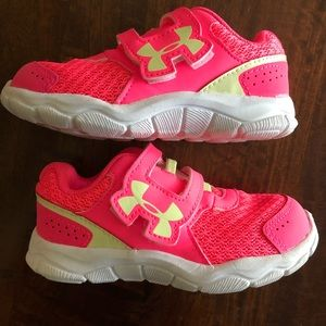 Under Armour Toddler Girl Sneakers Size 7K EUC